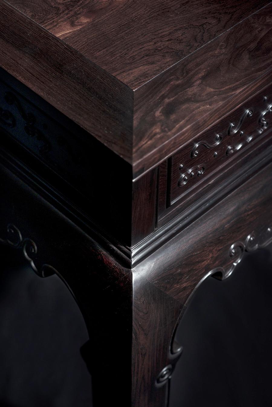 古典卷书搭脑沙发 - 荣鼎轩红木家具